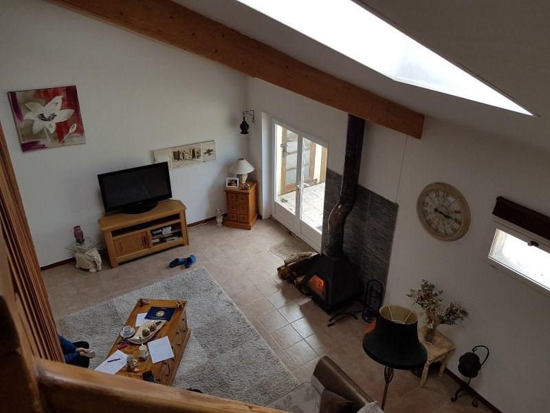 Sale house / villa Sousmoulins 275600€ - Picture 3