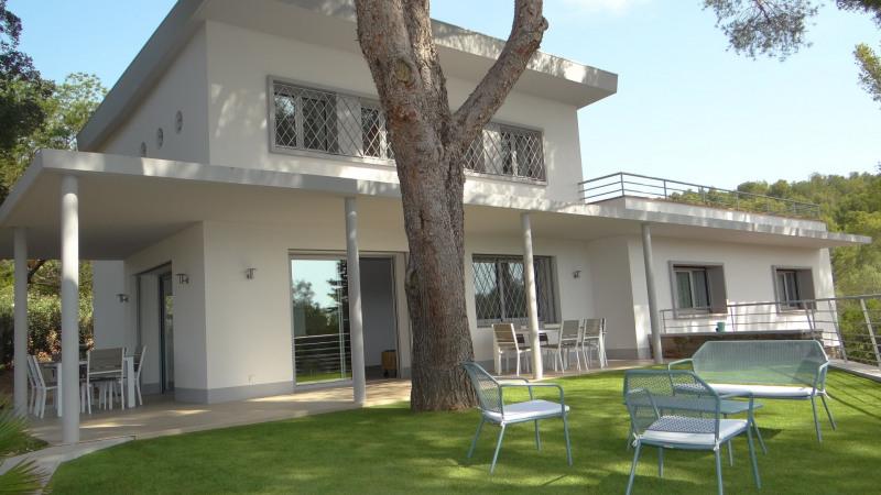 Vacation rental house / villa Cavalaire sur mer 2000€ - Picture 2