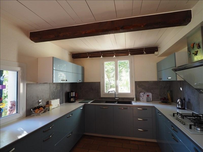 Sale house / villa Pierrevert 399000€ - Picture 2