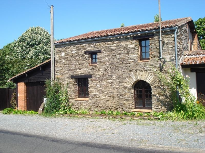 Sale house / villa La chaussaire 302 000€ - Picture 1