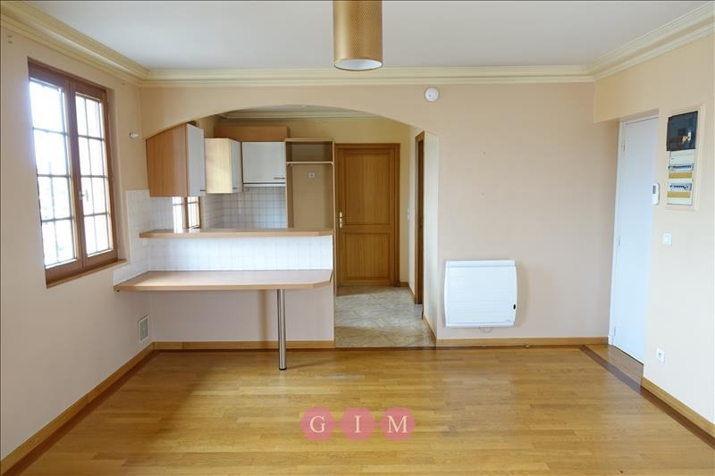 Location appartement Carrieres sous poissy 720€ CC - Photo 2