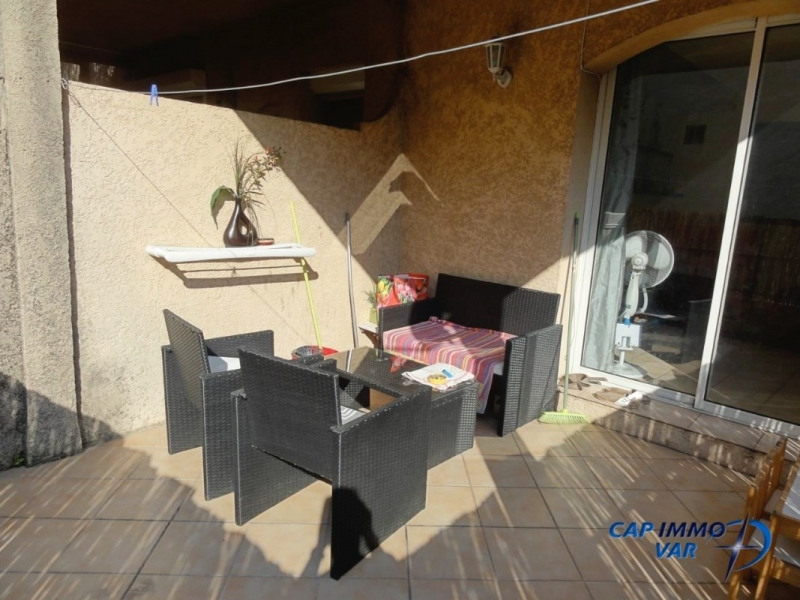 Sale apartment Le beausset 190 000€ - Picture 3