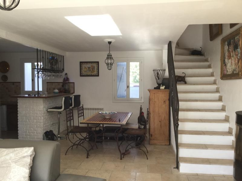 Vente maison / villa St cannat 472 000€ - Photo 3