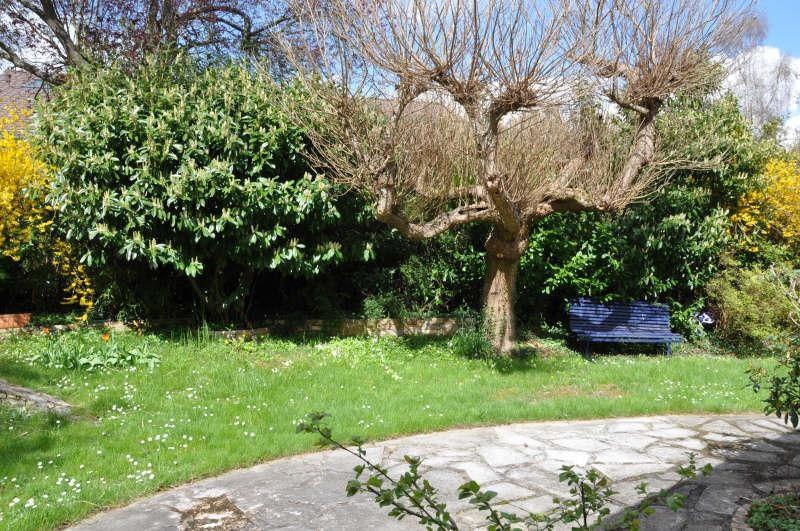 Sale house / villa St nom la breteche 695000€ - Picture 3