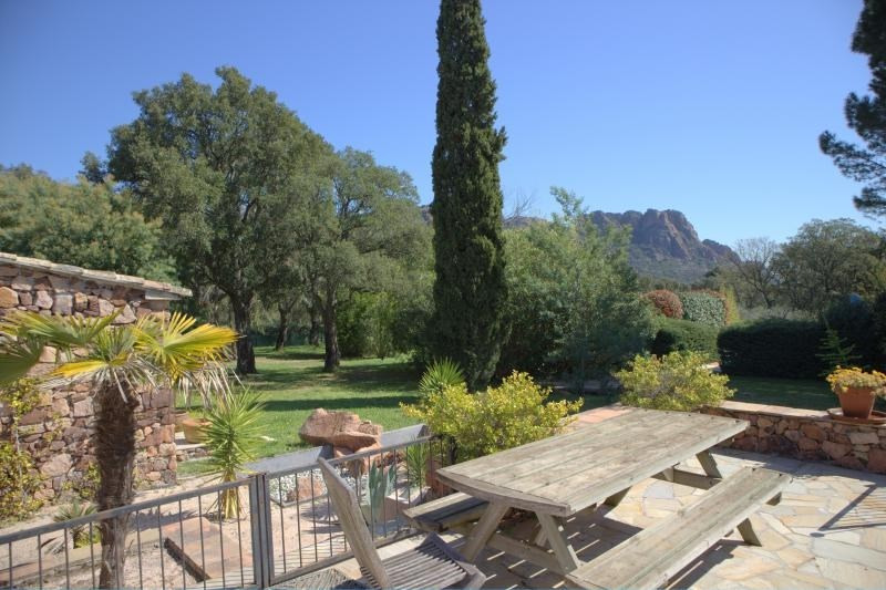 Deluxe sale house / villa Roquebrune sur argens 880000€ - Picture 1