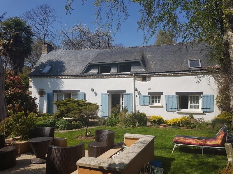 Sale house / villa Locoal mendon 261000€ - Picture 1