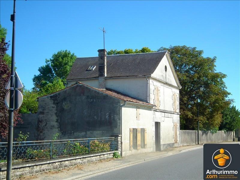 Sale house / villa Matha 91800€ - Picture 1
