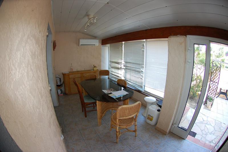 Sale house / villa Six fours 337000€ - Picture 6