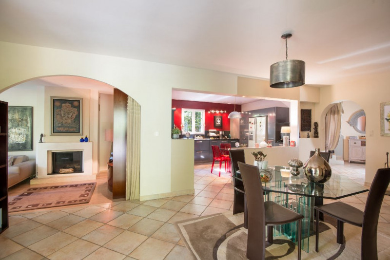 Deluxe sale house / villa Rochefort du gard 630000€ - Picture 3