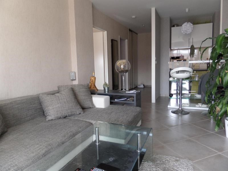 Location appartement St apollinaire 580€ CC - Photo 1