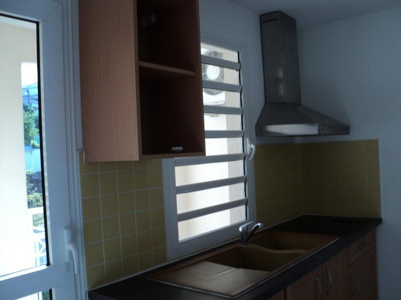 Sale apartment St denis 172 800€ - Picture 3