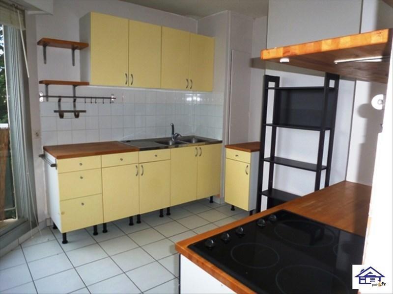 Rental apartment Saint germain en laye 900€ CC - Picture 3
