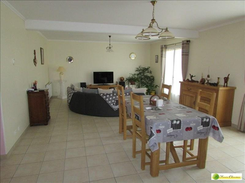 Vente maison / villa Mansle 190 000€ - Photo 2