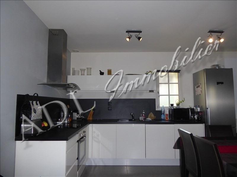 Sale apartment La chapelle en serval 214000€ - Picture 2