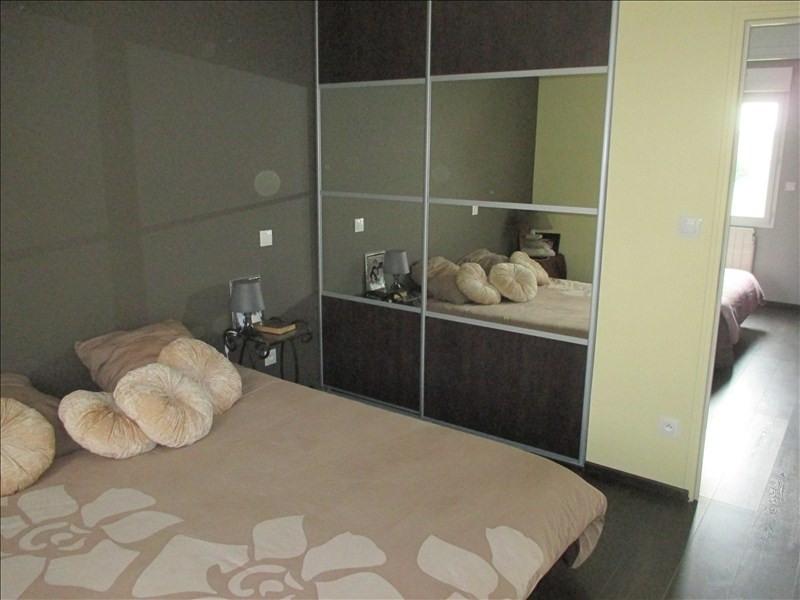Sale house / villa St quentin 230000€ - Picture 4