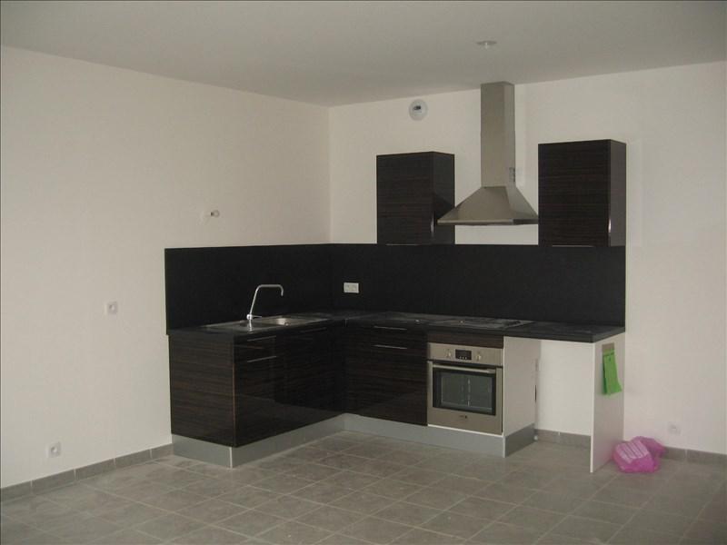 Rental apartment Marignane 895€ CC - Picture 4