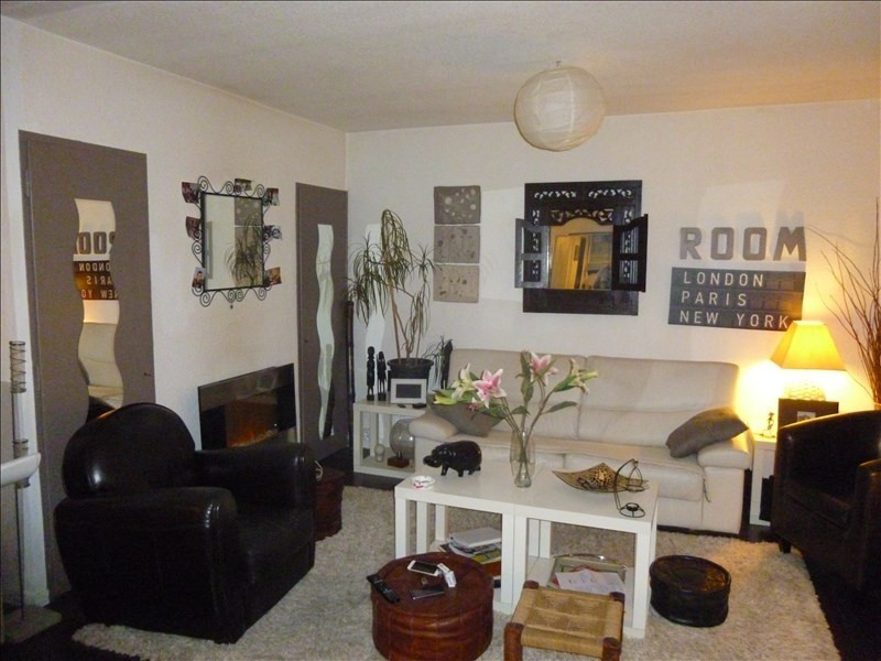 Sale apartment Manosque 118 000€ - Picture 2