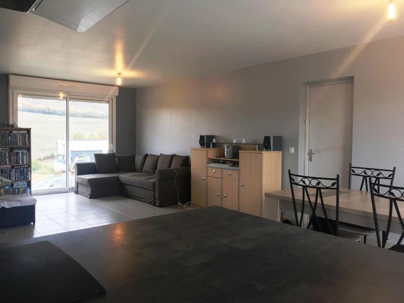 Sale house / villa Luzinay 250800€ - Picture 3