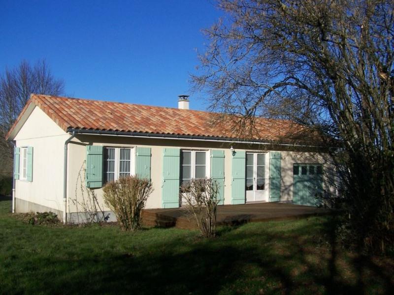 Location maison / villa Rilhac rancon 570€ CC - Photo 3