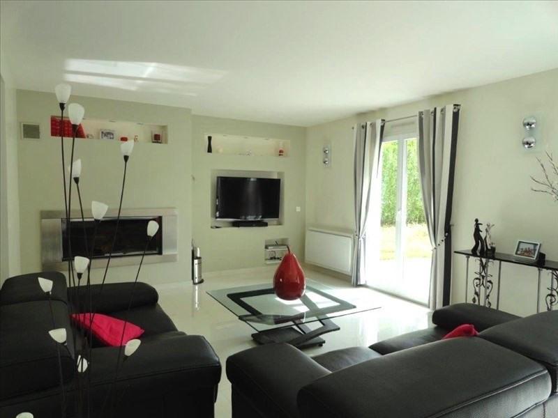 Sale house / villa Feucherolles 910000€ - Picture 3