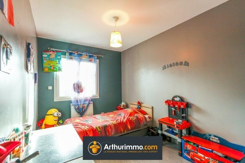 Sale house / villa Morestel 220000€ - Picture 4