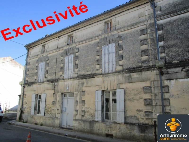 Sale house / villa Matha 88500€ - Picture 1