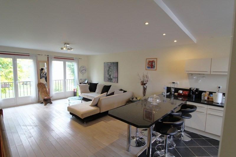Sale house / villa Maurepas 283500€ - Picture 3