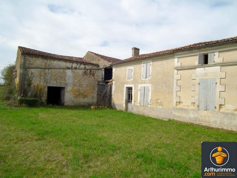 Sale house / villa Matha 43600€ - Picture 2