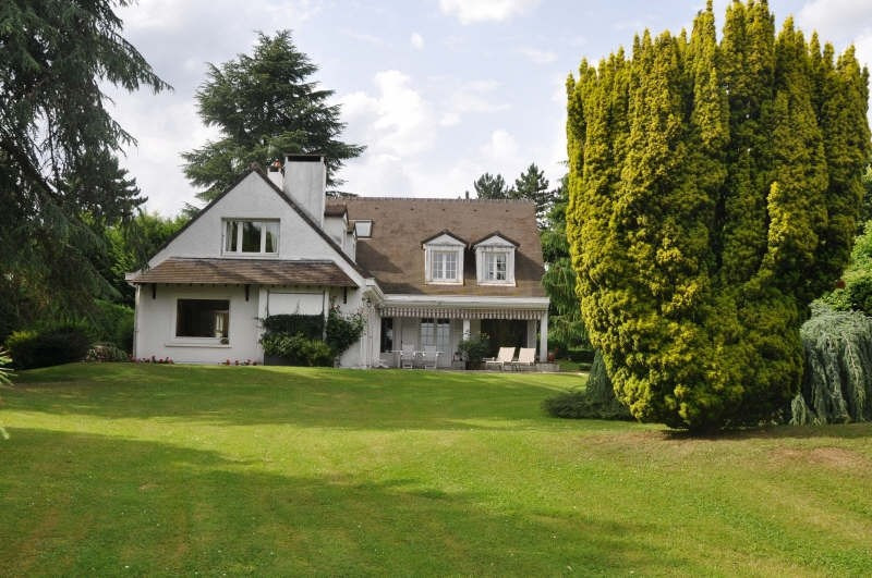 Deluxe sale house / villa St nom la breteche 1470000€ - Picture 1
