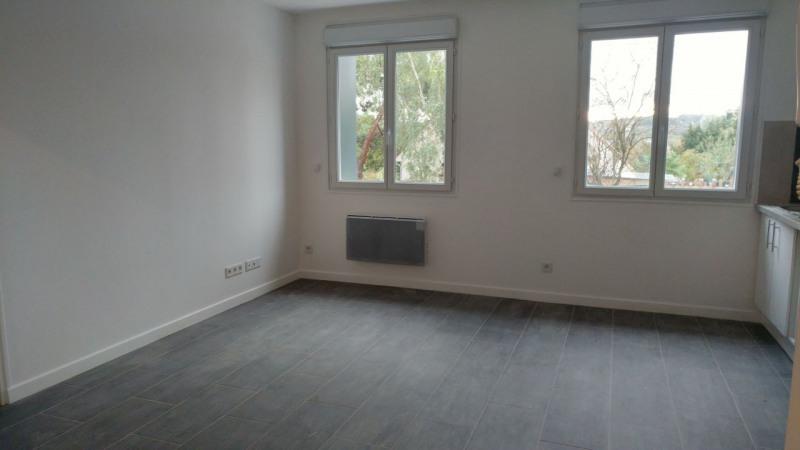 Rental apartment Montlhéry 700€ CC - Picture 3