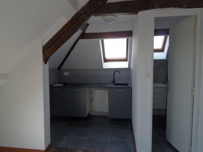 Rental apartment Saint andre les vergers 470€ CC - Picture 4