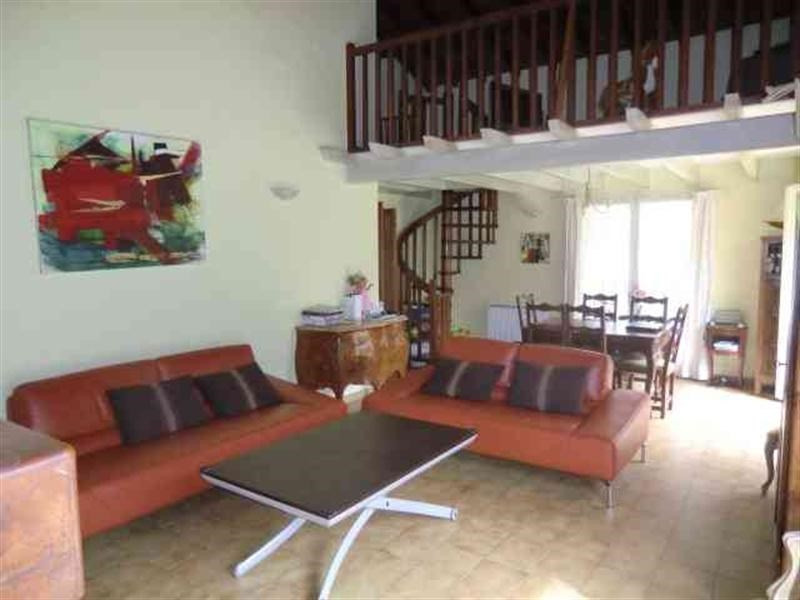 Vente maison / villa Pompertuzat 355 000€ - Photo 2