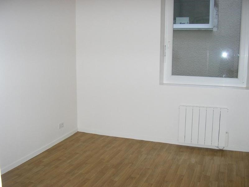 Rental apartment Nantua 483€ CC - Picture 5