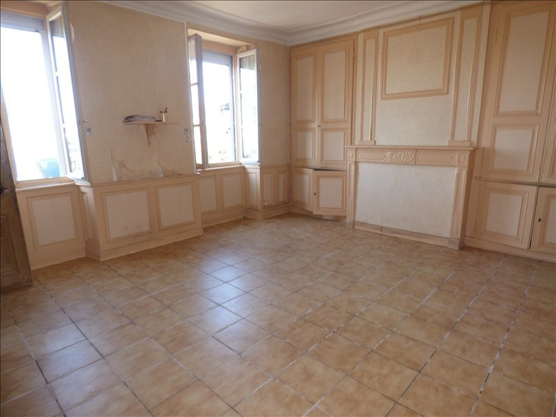 Vente maison / villa Montmarault 78000€ - Photo 2
