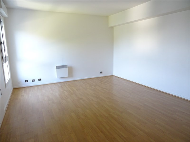 Location appartement Marly le roi 1 150€ CC - Photo 2