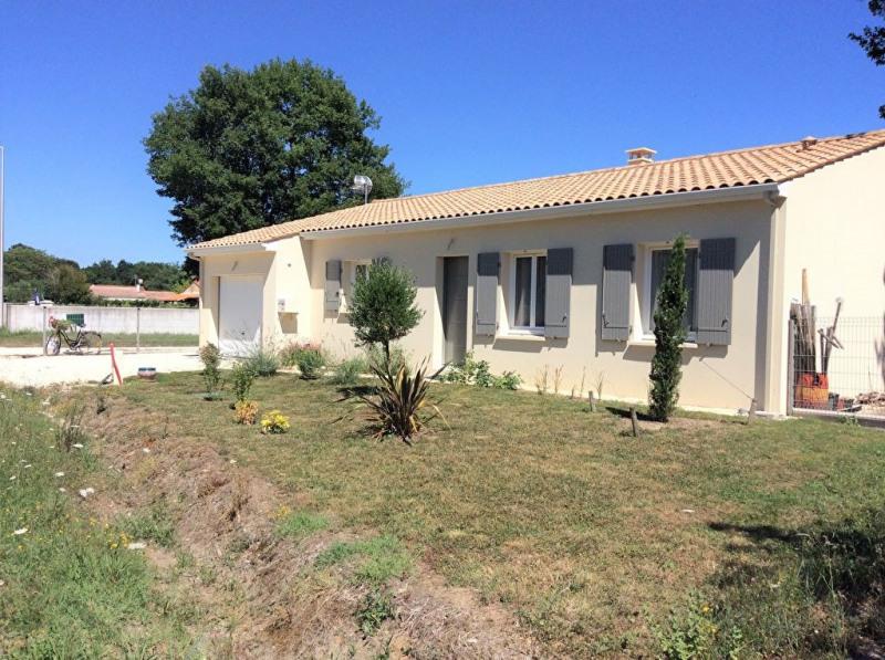 Sale house / villa Chaillevette 239500€ - Picture 1
