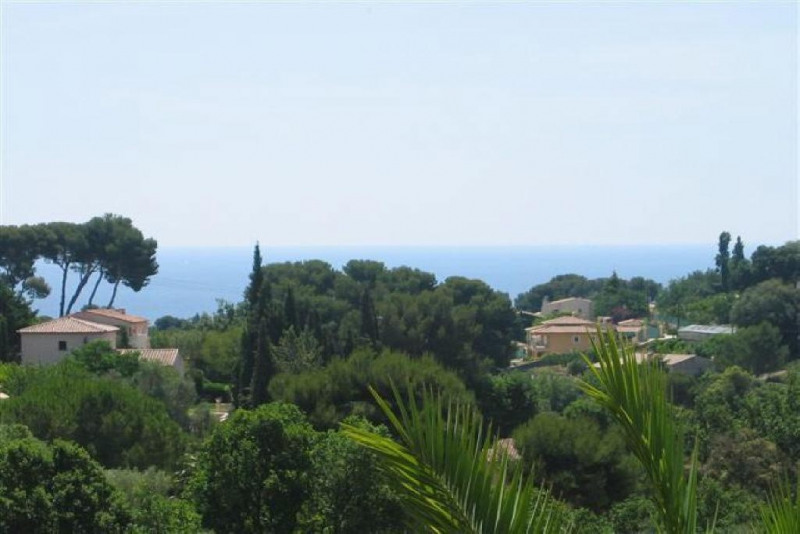 Deluxe sale house / villa Antibes 1 550 000€ - Picture 1