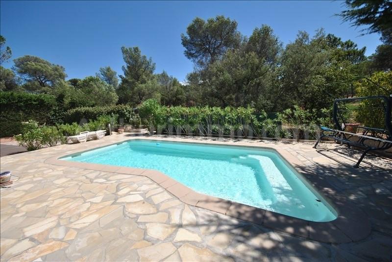 Deluxe sale house / villa Frejus 565000€ - Picture 2