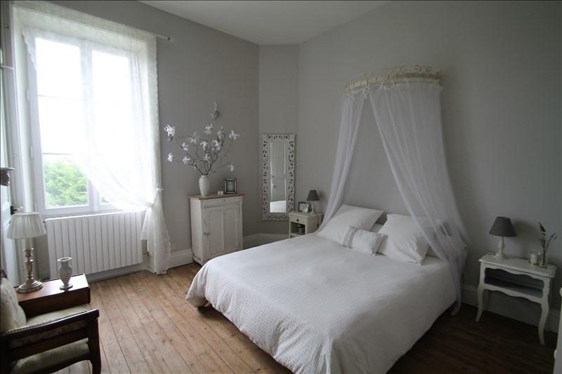 Deluxe sale house / villa Belley 703000€ - Picture 4