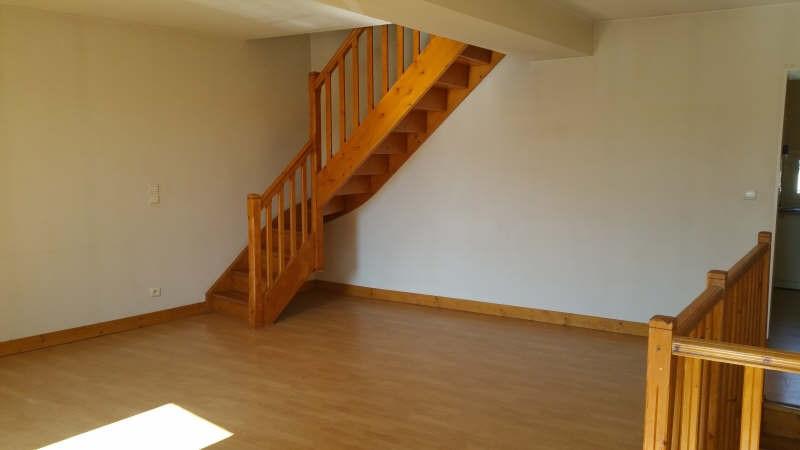 Rental apartment St andre de cubzac 534€ CC - Picture 1