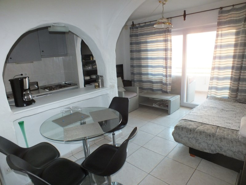 Location vacances appartement Rosas-santa-margarita 368€ - Photo 5