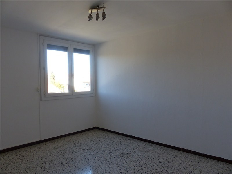 Sale apartment Beziers 69 500€ - Picture 2
