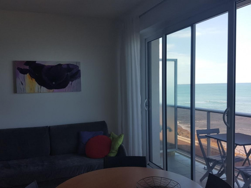 Sale apartment Les sables d olonne 240 000€ - Picture 3