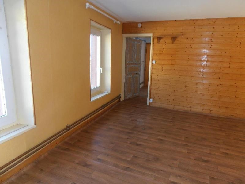 Location maison / villa Le poizat 616€ CC - Photo 4