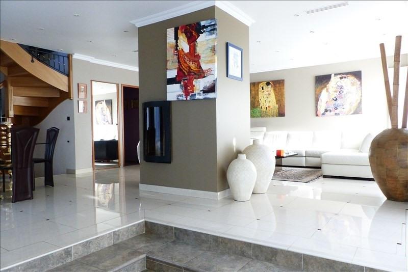 Deluxe sale house / villa Villemomble 720000€ - Picture 4
