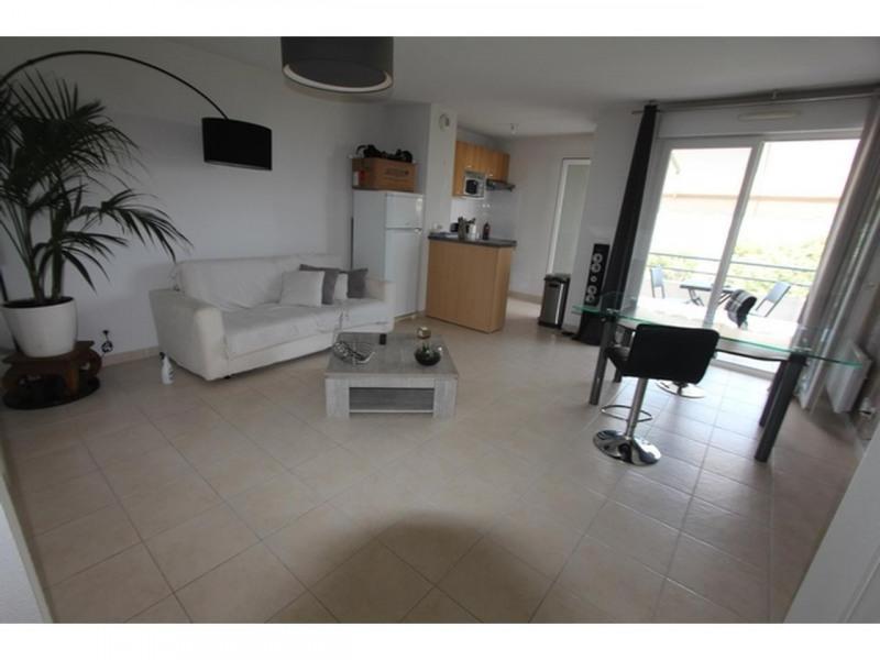 Rental apartment St laurent du var 830€ CC - Picture 5