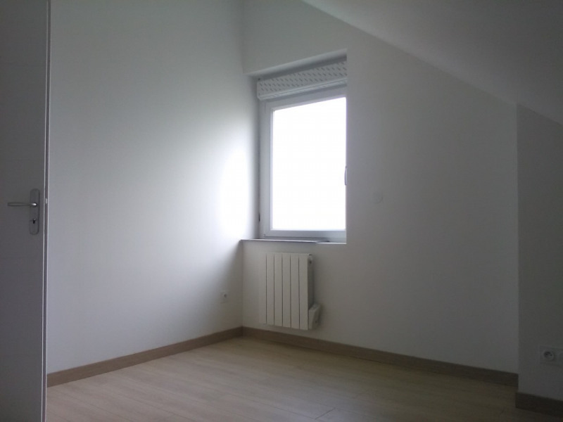 Sale apartment Oyonnax 108 000€ - Picture 2