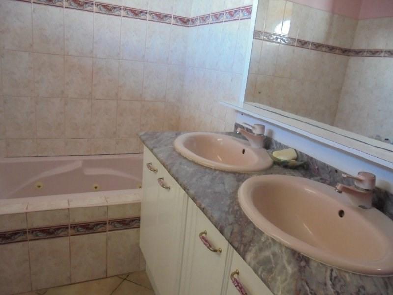 Sale house / villa Capesterre belle eau 325000€ - Picture 7