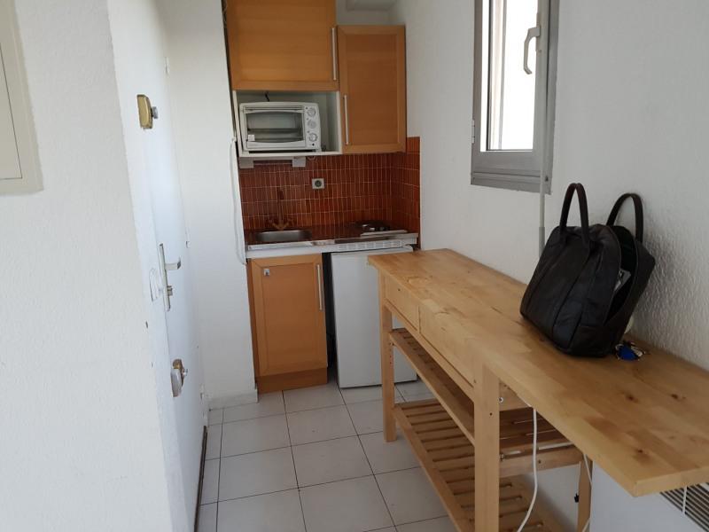 Rental apartment Aix en provence 826€ CC - Picture 4