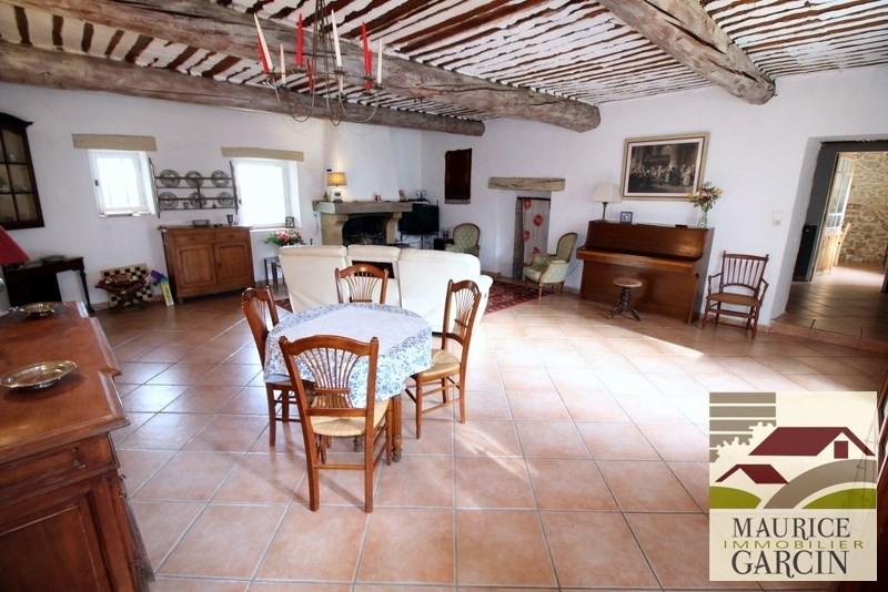 Vente de prestige maison / villa Robion 560000€ - Photo 6
